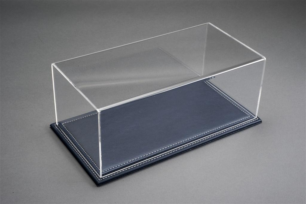 vitrine maranello f r 1 18 modelle acrylhaube mit leder bodenplatte dunkelblau l325xb165xh125mm. Black Bedroom Furniture Sets. Home Design Ideas