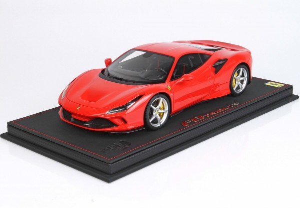 BBR Ferrari F8 Tributo Rosso Scuderia Yellow Brakes 1/18 Limited Edition 48 Stück