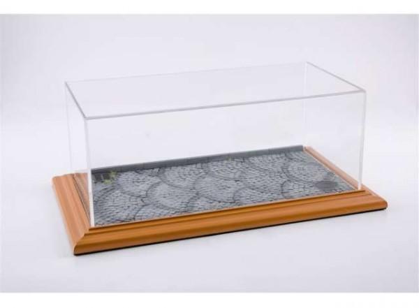 """Diorama Vitrine für 1:18 Modelle Acrylhaube mit """"Stonestreet"""" Bodenplatte cherry Limited Edition 200"""