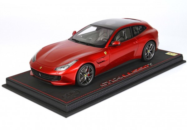 BBR Ferrari GTC4 Lusso T Panorama roof Rosso Fuoco 1/18 Limited Edition 24