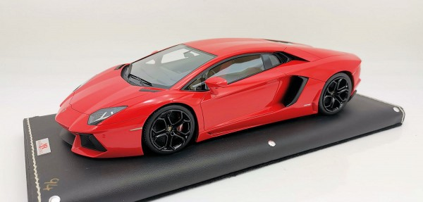 MR Models Lamborghini Aventador LP 700-4 MET. RED