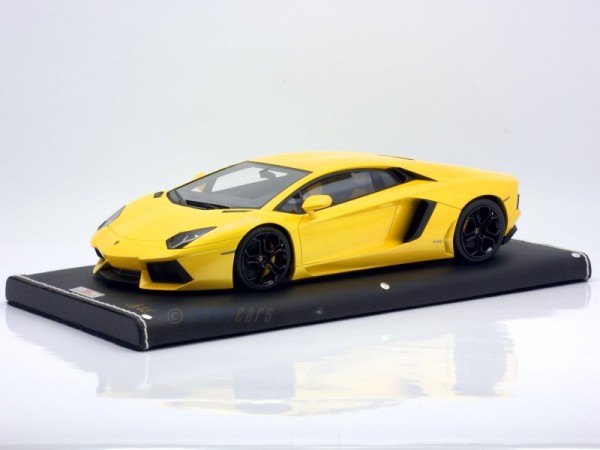 MR Models Lamborghini Aventador LP 700-4 GIALLO ORION
