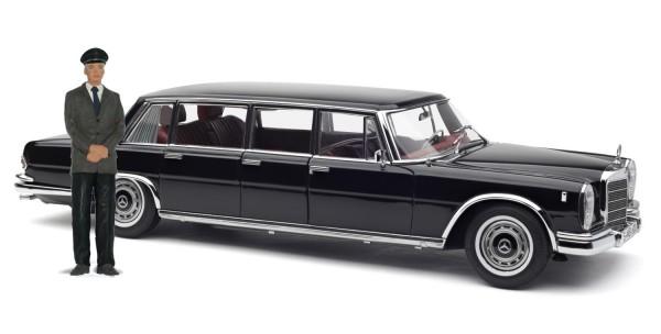 CMC Mercedes-Benz 600 Pullman (W100) 6-türer schwarz mit Chauffeur