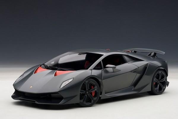 Auto Art Lamborghini Sesto Elemento carbon-grau 2010 1:18