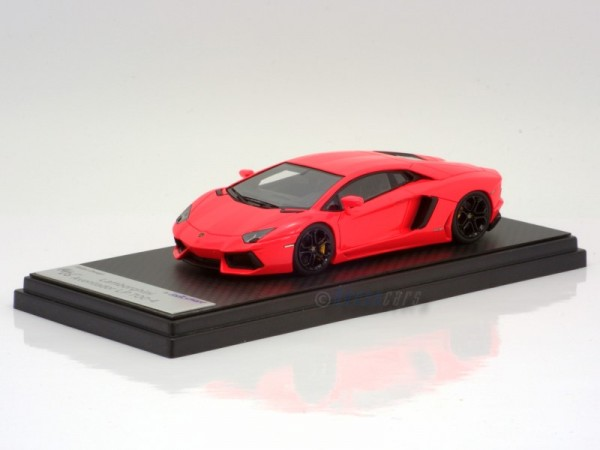 Looksmart Lamborghini Aventador LP 700-4 pink gloss Modell auf Carbonbasis Limited Edition 25 Stück
