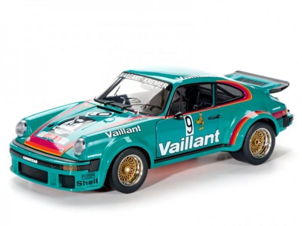Schuco Classic Porsche 934 RSR #9 Vaillant 1:18