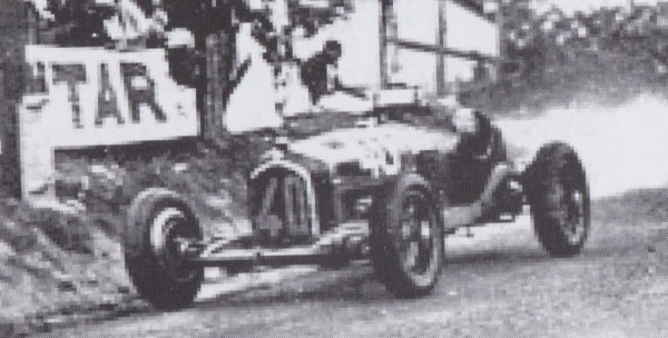 CMC Alfa Romeo P3 Fagioli, Gewinner GP Comminges 1933, #40 Limited Edition 1000
