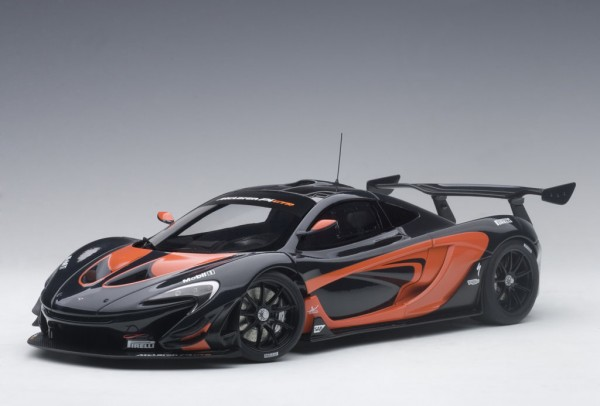 Auto Art McLaren P1 GTR (dark grey metallic/orange accents) 2015 1/18