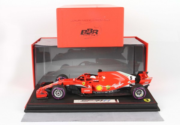 BBR Ferrari SF71-H GP Canada Montreal 2018 SEBASTIAN VETTEL Start Race with display case Limited