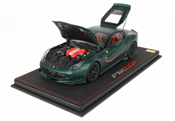BBR High End Ferrari F12 TDF - 2015 - Verde GB Opaco Leder Basis 1:18