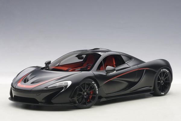 Auto Art McLaren P1 (matt black/red accents) 2013 1/18