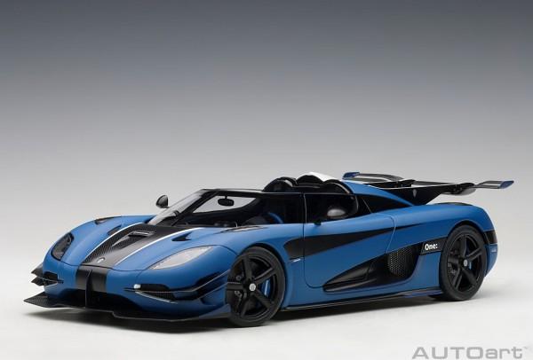 Auto Art Koenigsegg One:1 - m.blue/carbon - white accents
