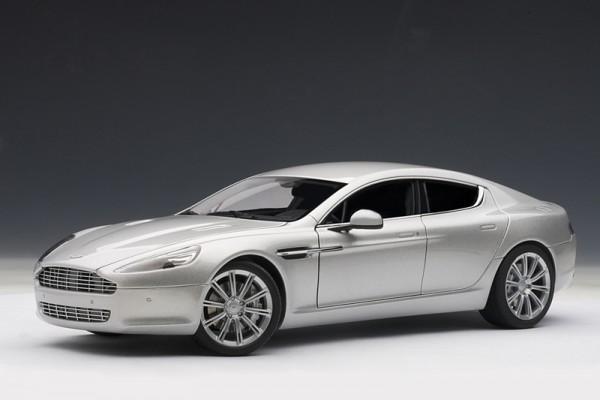Auto Art Aston Martin Rapide silber
