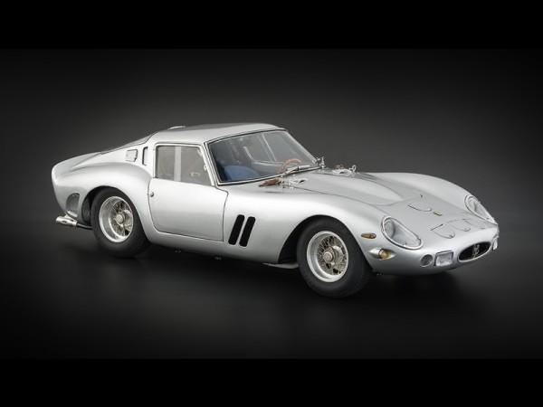 CMC Ferrari 250 GTO 1962 silber