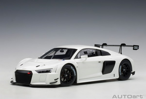 Auto Art Audi R8 LMS Plain Body Version - white