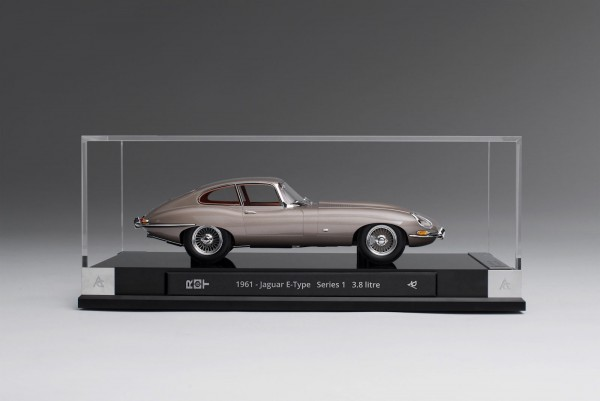 Amalgam Jaguar E-Type Coupe 1961 1:18