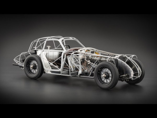 CMC Alfa Romeo 8C 2900 B, speciale Touring Coupé, 1938 Rolling Chassis, Limitiert 1000 Stck.