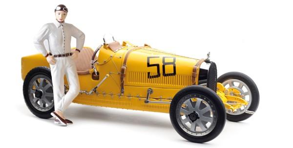 CMC Bugatti T35, gelb mit Frau-Rennfahrerin Figur Limited Edition 600 Stk.