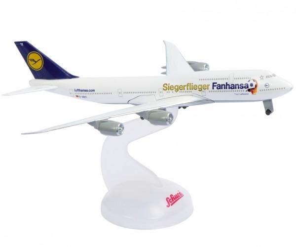Schuco Lufthansa B747-8 Fanhansa Siegerflieger WM 2014 1:600