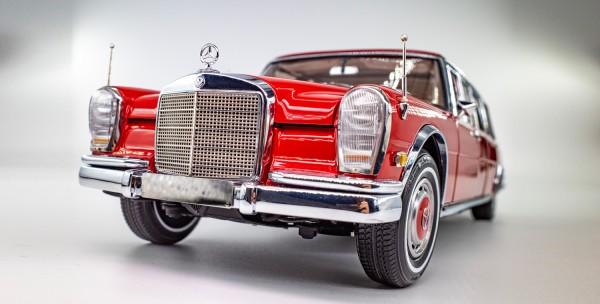 "CMC Mercedes-Benz 600 Pullman (W100) Limousine ""Roter Baron"", limitierte Auflage 800"