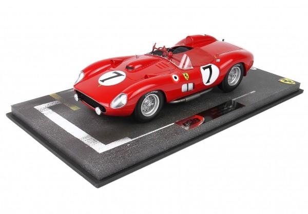 Ferrari 315 S / 335S 1957 Le Mans 1957 Scuderia Ferrari car no 7 driver Mike Hawthorn Luigi Musso
