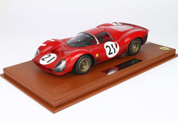 BBR Ferrari 330 P3 24H Le Mans 1966 End of the race Limited Edition 50 1/18