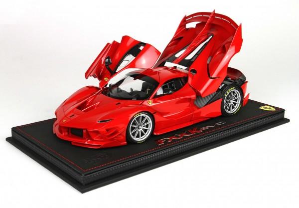 BBR Ferrari FXXK-EVO DIE CAST ROSSO CORSA 322 Limited Edition 100 1/18