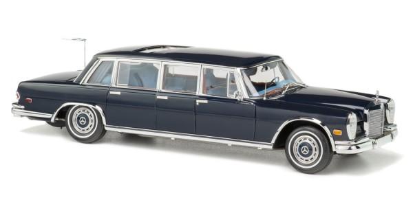"""CMC Mercedes-Benz 600 Pullman (W100) Limousine mit Schiebedach """"King of Rock'n Roll"""", limitierte Auf"""