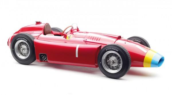 CMC Ferrari D50, Long Nose, 1956 GP Deutschland #1 Fangio Limitierte Edition 1500 Stück