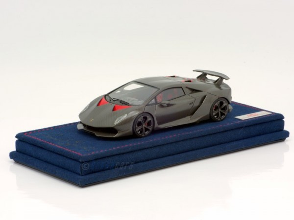 MR Models Lamborghini Sesto Element Carbonium Decals auf blauer Alcantara Basis Limited Edition 100