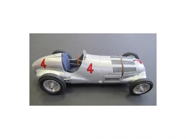 CMC Mercedes- Benz W125 GP Donington 1937 #4 Seaman Limited Edition 1000 Stück 1:18