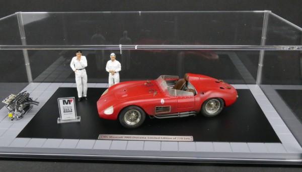 CMC Bundle Maserati 300S Dirty Hero ® Inklusive Motor, 2 Personen, Miniaturversion des Modell-Awards