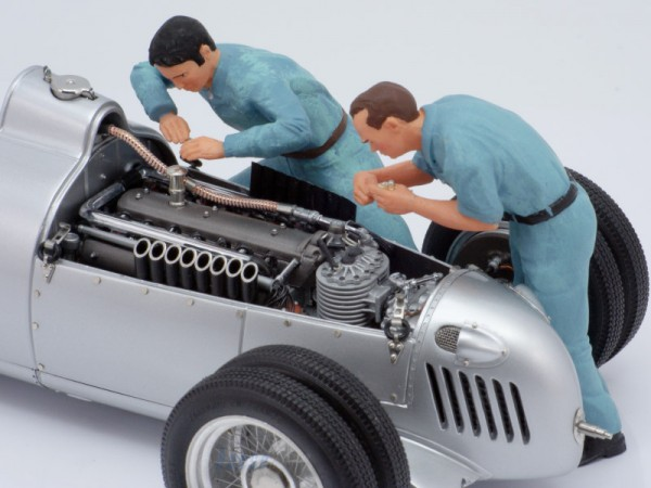Figutec Figur 1:18 2 Mech. Auto Union bei der Arbeit im Motorraum 180334,180335,, TEC18S014A
