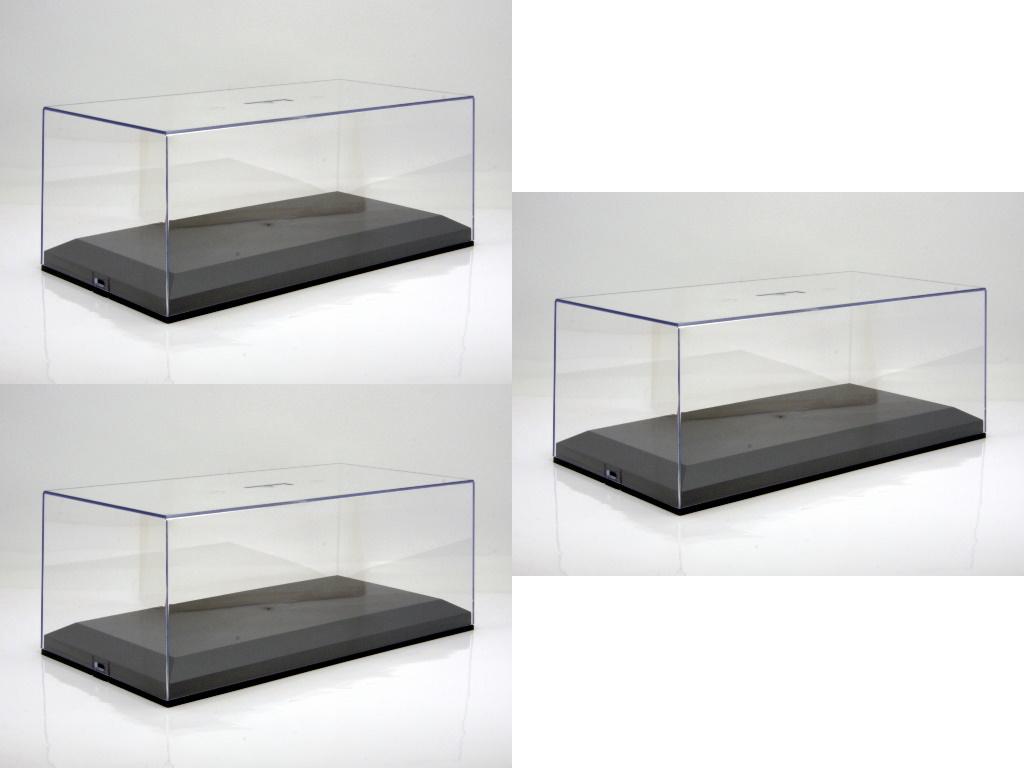 vitrine plexiglashaube mit schwarzer bodenplatte f r 1 18 modelle 3er karton hansecars. Black Bedroom Furniture Sets. Home Design Ideas