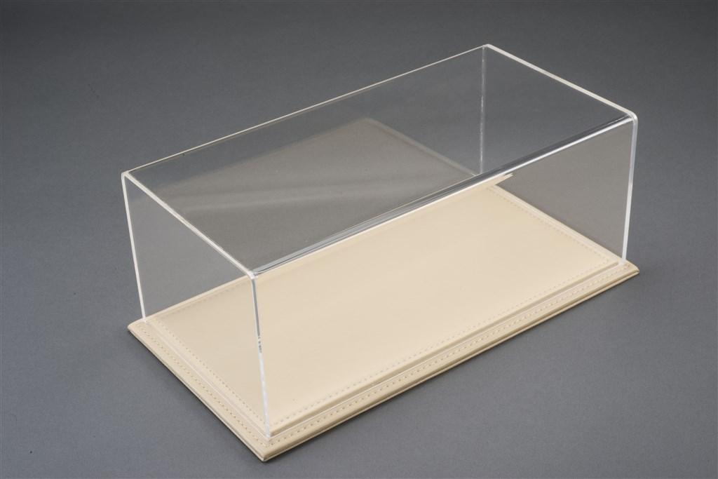 vitrine maranello f r 1 18 modelle acrylhaube mit leder bodenplatte beige l325xb165xh125mm. Black Bedroom Furniture Sets. Home Design Ideas